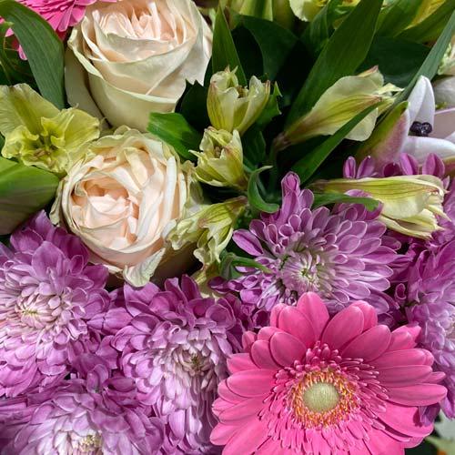 Medium Mixed Bouquet C-thumb